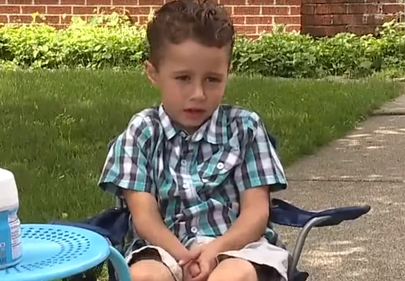 boy gets reward after sharing Kool-Aid