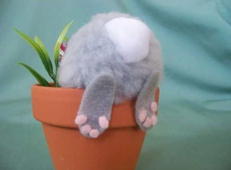 diy easter decoration bunny butt