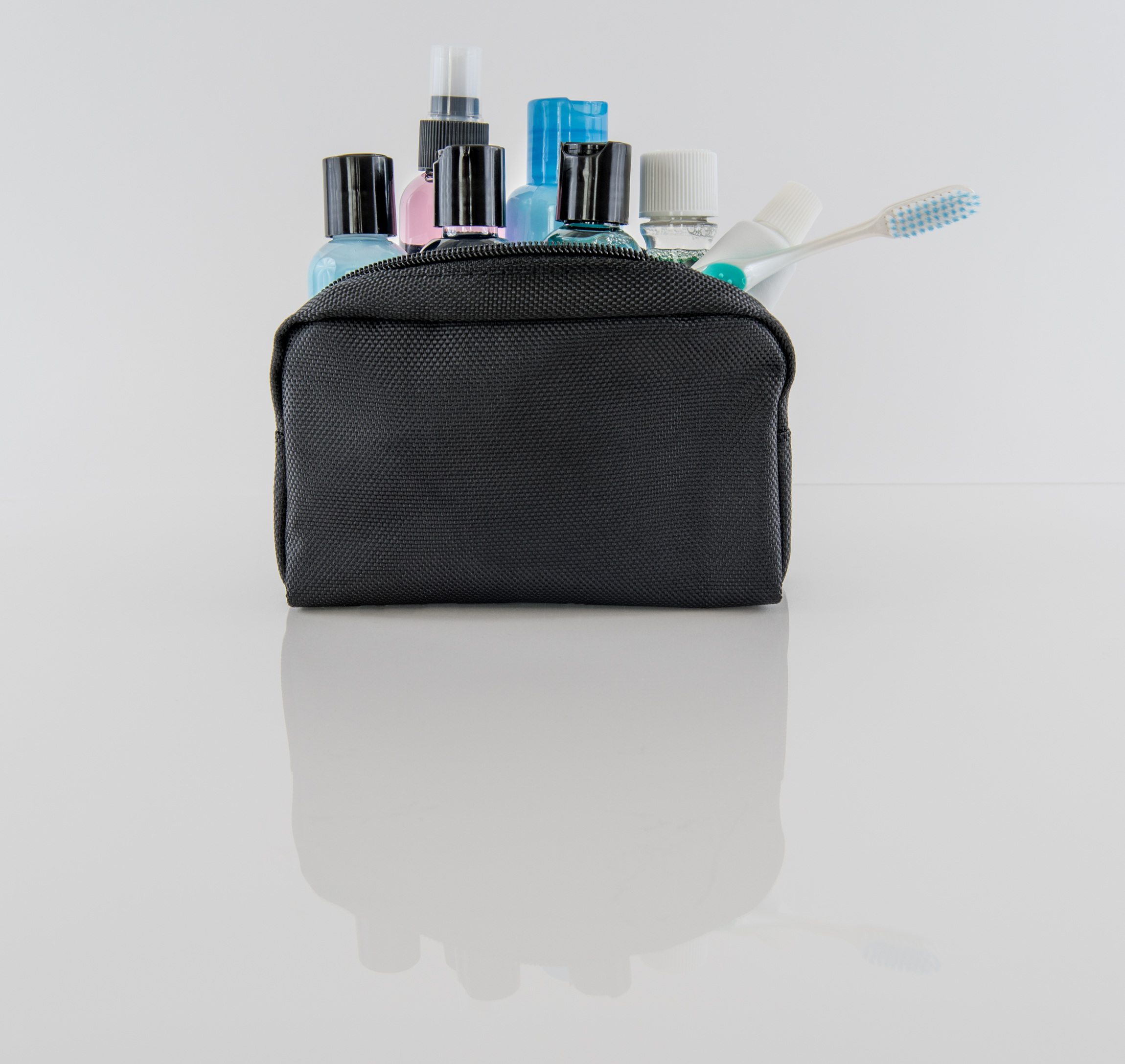 toiletry bag compartments
