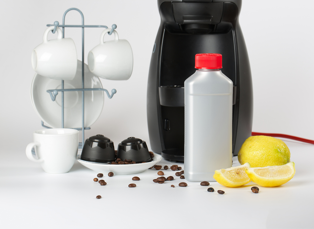 how to clean a coffee machine with vinegar