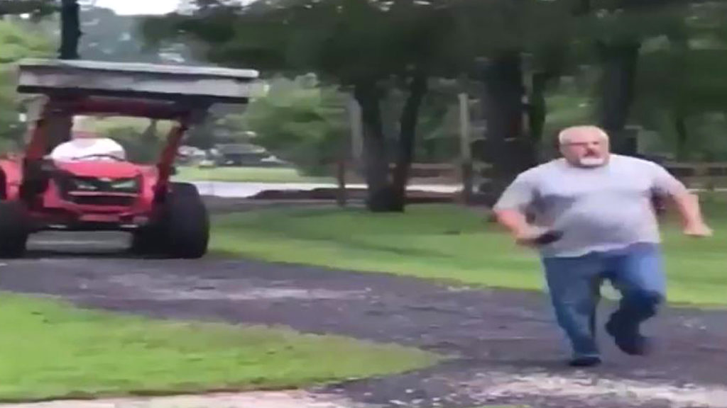 Rude People Block His Tractor, Have No Idea That Won't Stop Him
