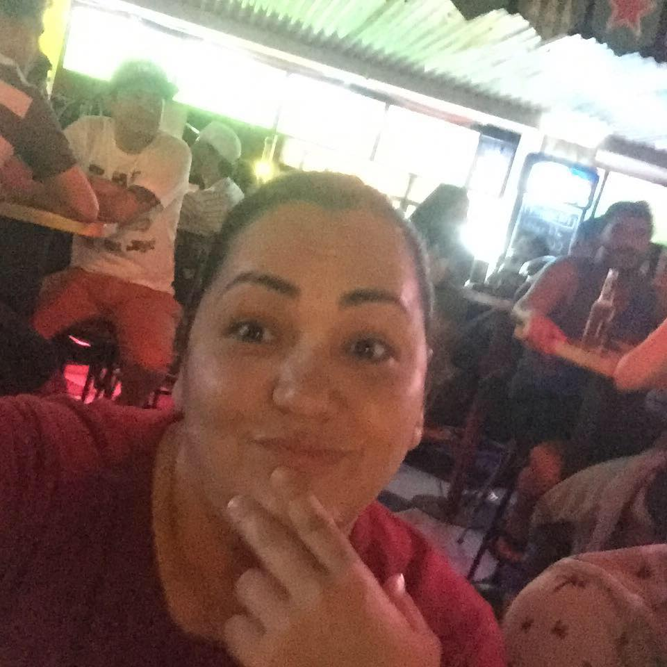Waitress Is Only Person Nice To Rude Customer, Then She Gets A Call