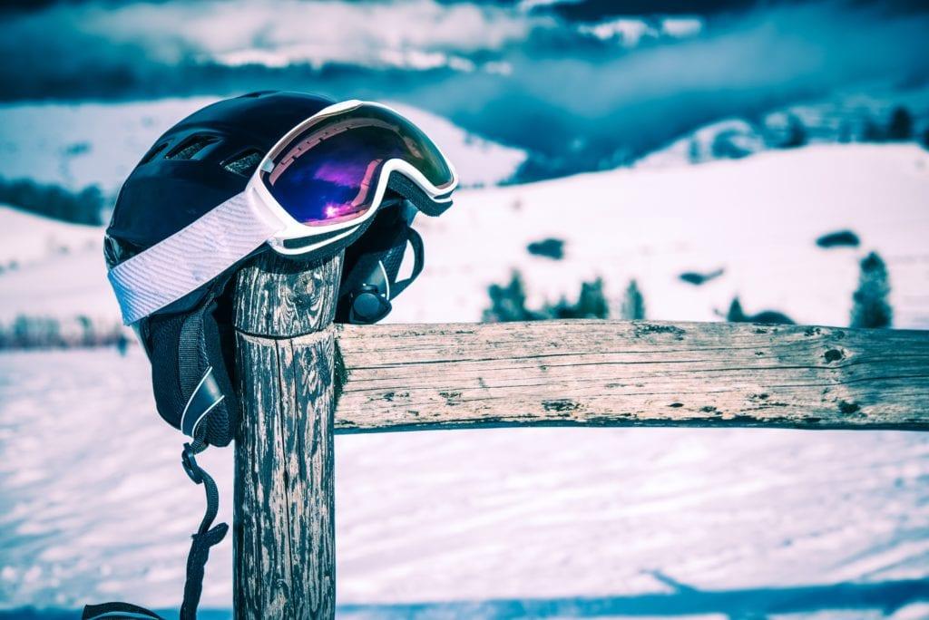 Items Recommend Bringing Ski Trip - Snow Helmet