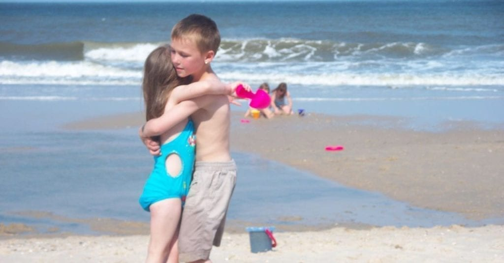 After Authorities Saw Mom's Innocent Beach Photo, They Needed To Act Fast
