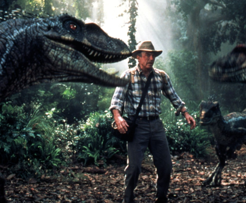 Which science fiction adventure film is based on a book by Michael Crichton?