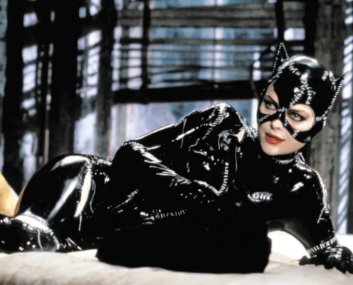 What was the name of the actress who played Catwoman in Batman Returns?