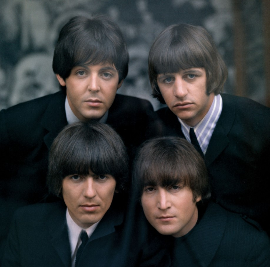 Which popular music group broke up in 1970?