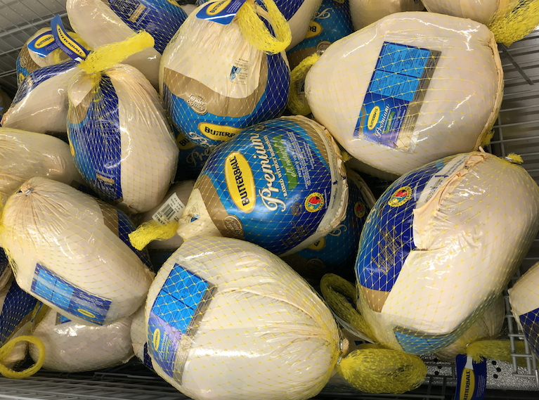 According to the Butterball corporation, they recommend that you thaw a wrapped turkey in the refrigerator how long per 4  pounds of bird?