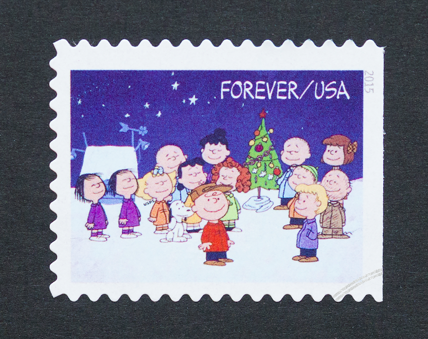 "The Peanuts gang sing what carol at the end of ""A Charlie Brown Christmas?"""