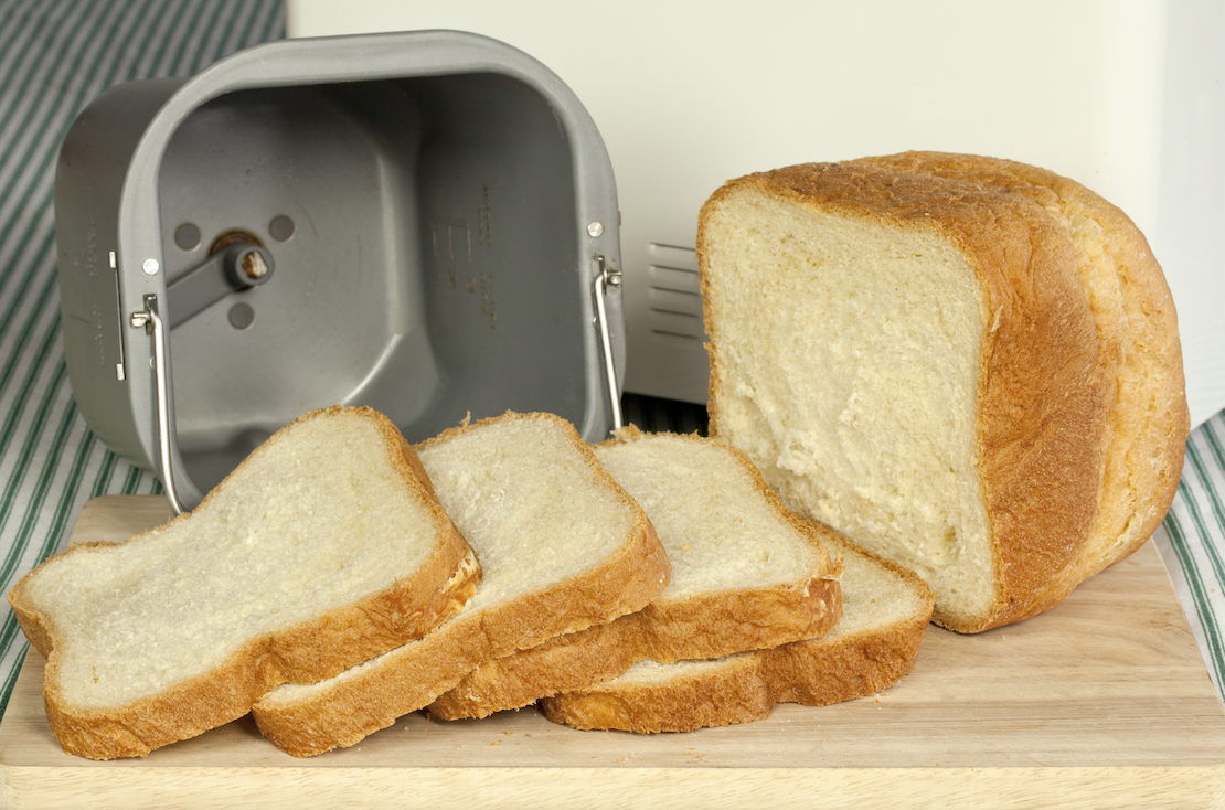 Make Your Own Bread with These Bread Makers