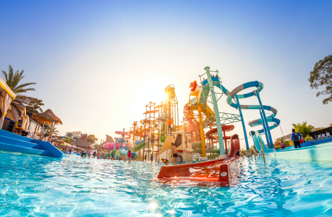 What country has the largest water park?