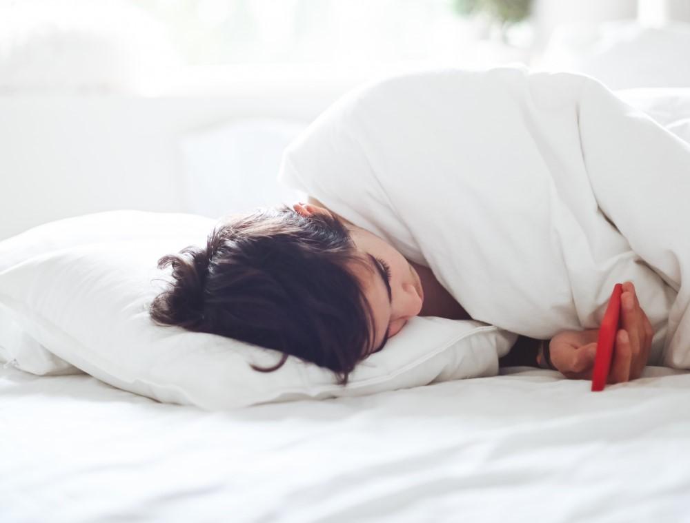 5 Best Pillows To Help You Sleep Better